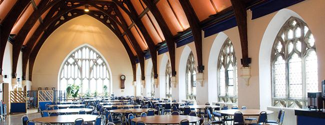 LISA Sprachreisen Schueler Englisch Bristol Clifton College Cafeteria